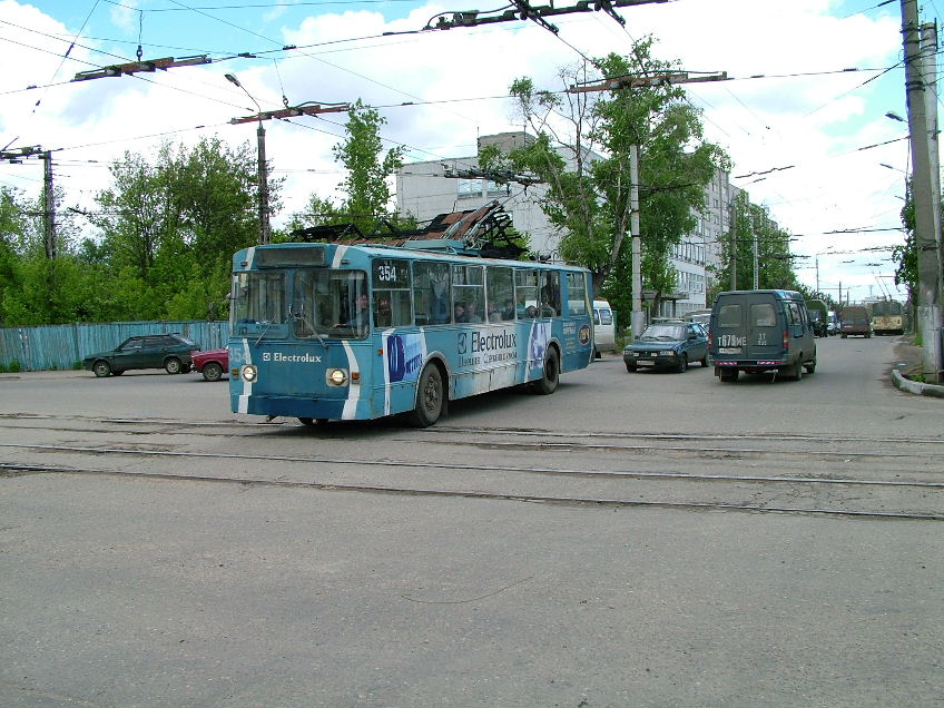 трамвая на перекрестке ул.