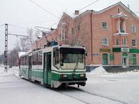 Spektr 71-402 tram at Frunze Ul. / Lenina Ul. serving the South - North Line 2