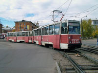 KTM-5M3 Train at Lenina Ul. / Internatsionalnaya Ul.
